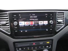 Volkswagen-Golf Sportsvan-13